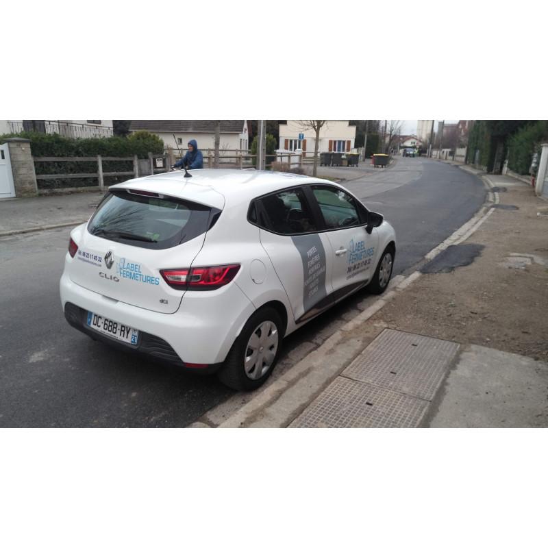 Marquage publicitaire sur Clio