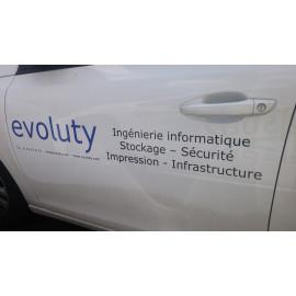 Marquage publicitaire sur véhicule de société